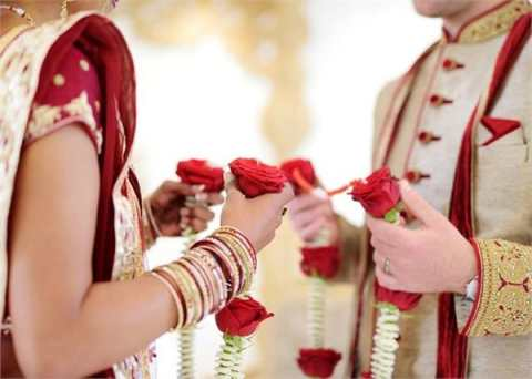 Will the marriage marriage happen or love marriage date of birth?