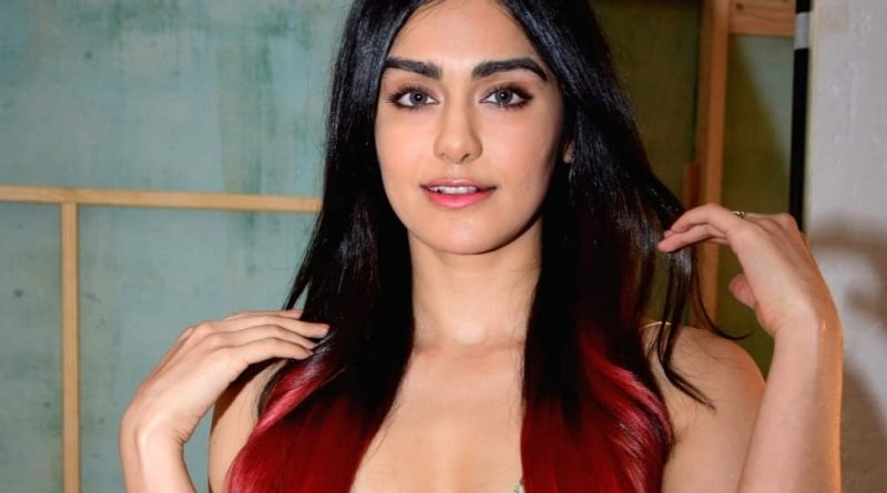 This Tamil actress looks very hot and bold at the age of 27, looking at the pictures