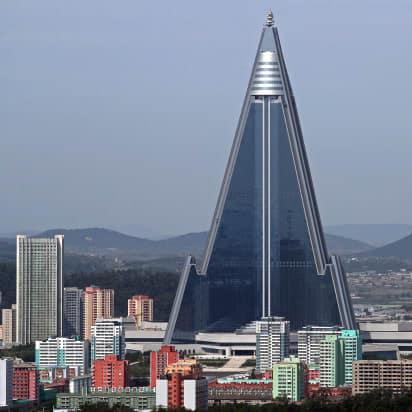 उत्तर कोरिया में है दुनिया का सबसे बड़ा भूतिया होटल