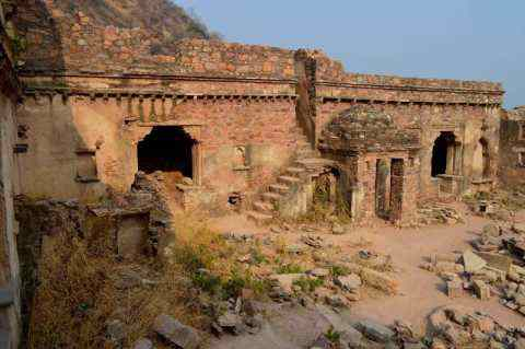 A scary fort of India in which the secret of ghosts, know how