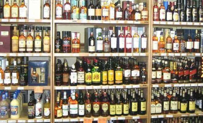 Government's big decision, now foreign liquor and beer will be found in shopping malls of UP