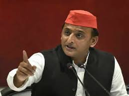 Government is working to reduce the morale of the police - Akhilesh