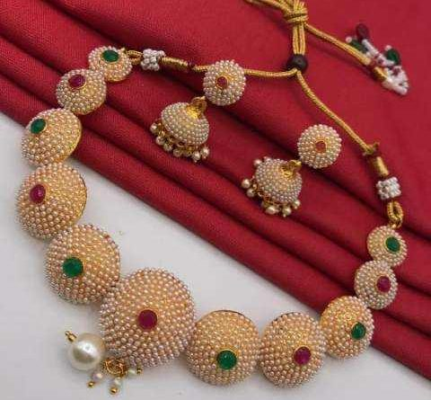 Look at the beautiful jewelry design