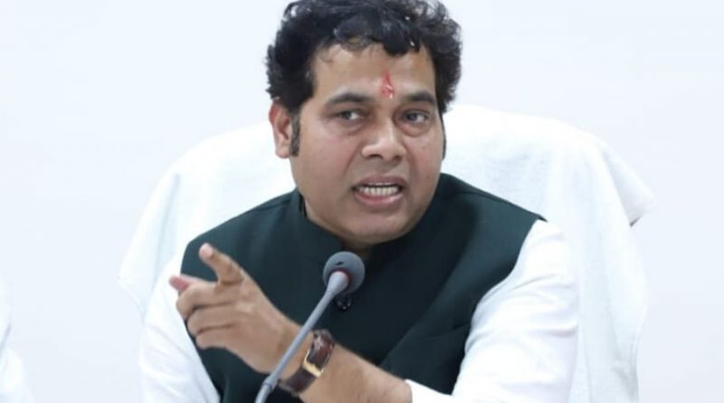 UP: Energy Minister Shrikant Sharma announced, now villages will also get 24 hours electricity