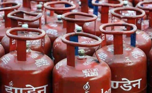 Know why the color of the gas cylinder is red, not green
