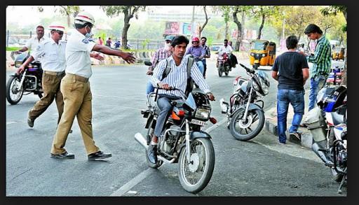 योगी सरकार का फैसला, बिना हेलमेट दोपहिया वाहन चलाने पर अब 1000 रुपये का चालान