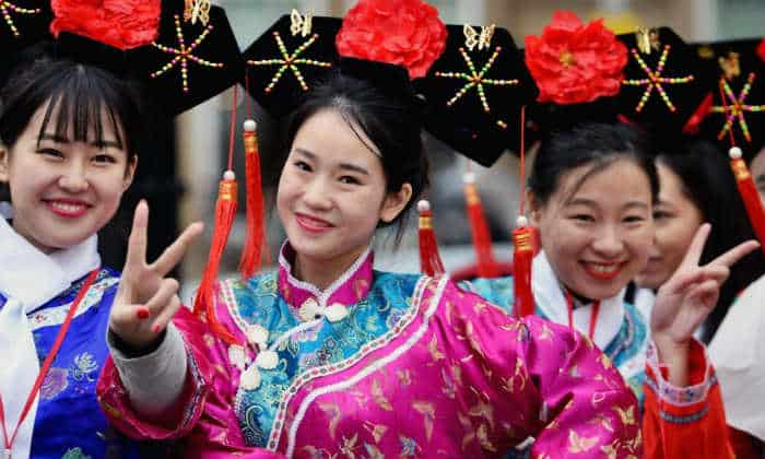 Women do not have to change their surname after marriage in China