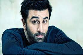 This star slapped Ranbir Kapoor, apologized with father