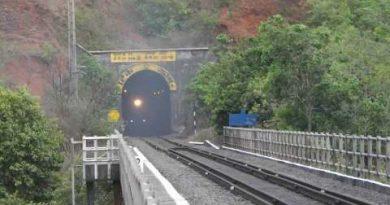 """जानिए भारत की सबसे लंबी """"5 रेलवे सुरंग"""",कौन सी है?"""