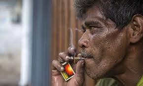 क्या ज्यादा खतरनाक है, बीड़ी या सिगरेट? जानिए