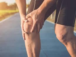 घुटने के दर्द के लिए कुछ कारगर घरेलु उपाय क्या हैं? जानिए