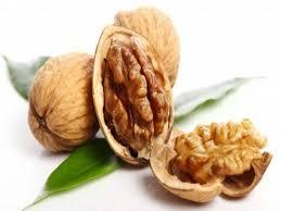 सुबह खाली पेट अखरोट खाने के फायदे क्या है ?