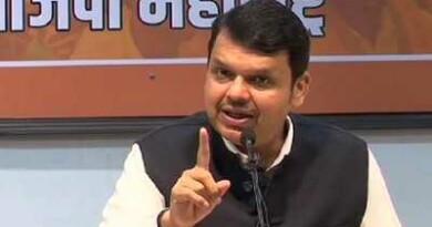 महाराष्ट्र: कोरोना संकट के बीच फड़णवीस ने CM ठाकरे को लिखी चिट्ठी, लगाया बड़ा आरोप