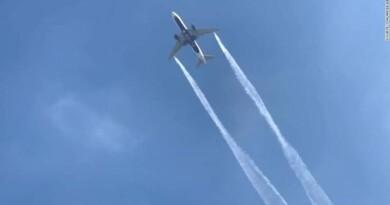 विमान के पीछे कभी कभी धुँए की रेखा दिखाई देती है, वह क्या होती है? जानिए